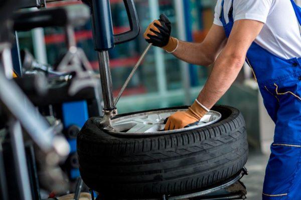 Montaje de neumáticos Centrowagen